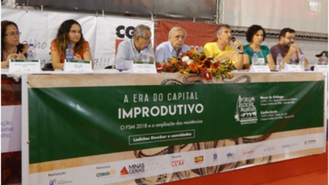 Mesa do debate sobre Capital Improdutivo